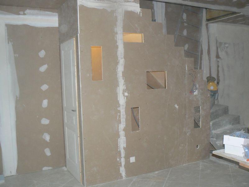 placard sous escalier r novation d une grange. Black Bedroom Furniture Sets. Home Design Ideas
